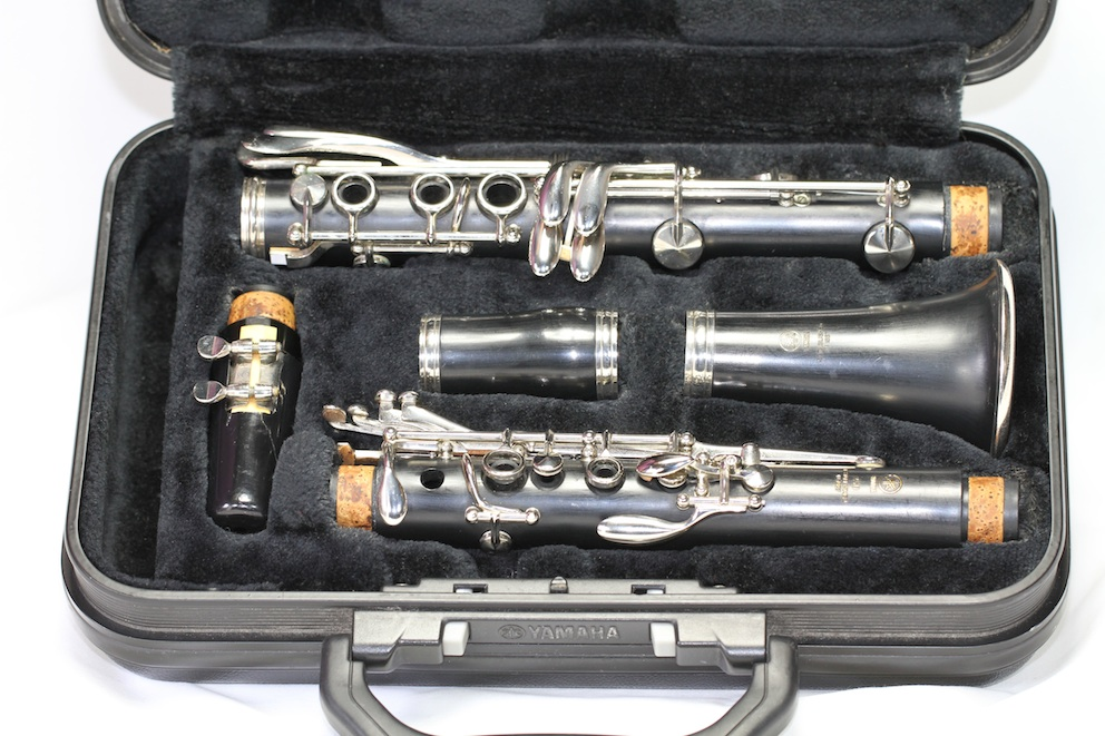 Clarinet yamaha ycl 250 hard case used 6 month for Yamaha beginner clarinet